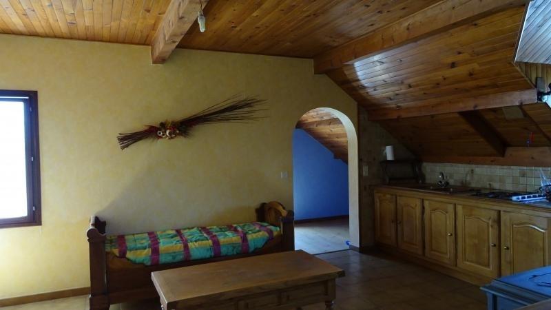 Sale house / villa St bonnet en champsaur 319930€ - Picture 8