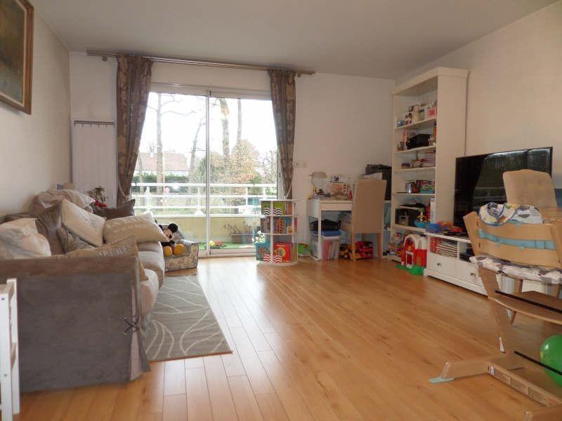 Sale apartment La celle st cloud 330000€ - Picture 3
