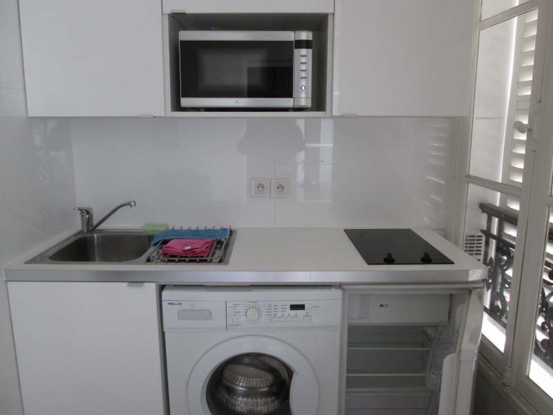 Location appartement Paris 7ème 1 450€cc - Photo 5