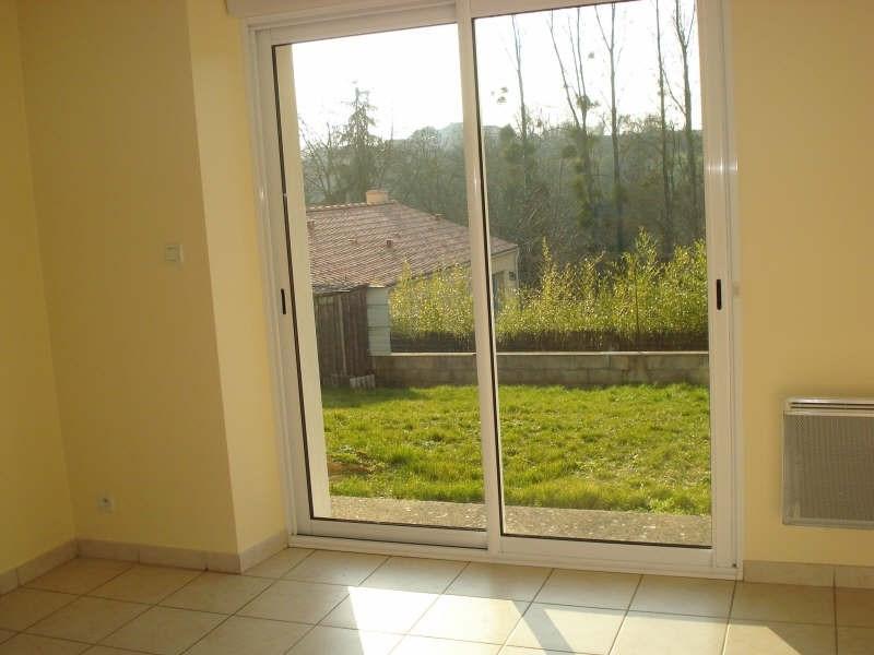 Rental house / villa Tillieres 760€ CC - Picture 4