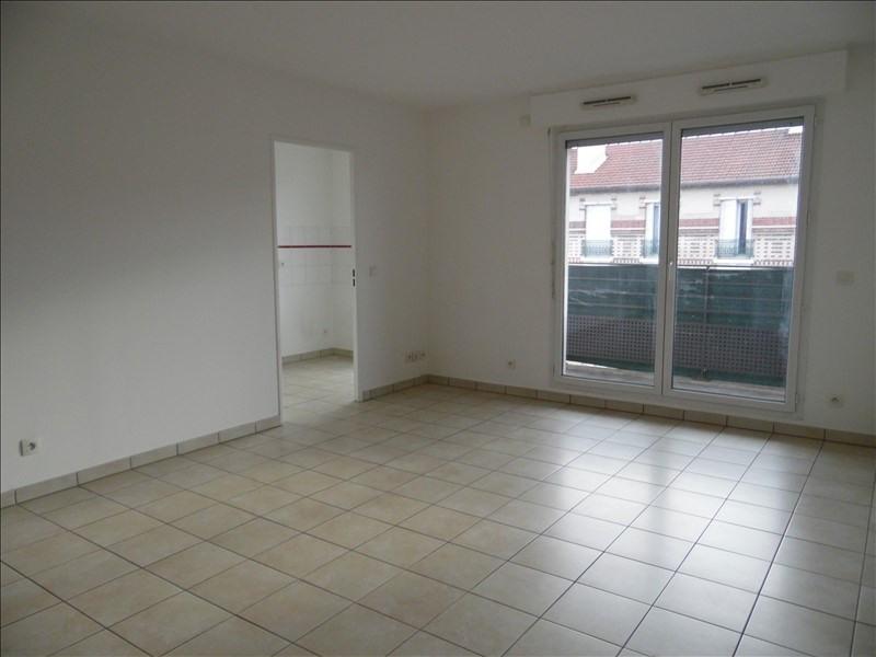 Verhuren  appartement St denis 1028€ CC - Foto 4