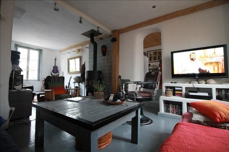 Sale house / villa Sainville 274000€ - Picture 4