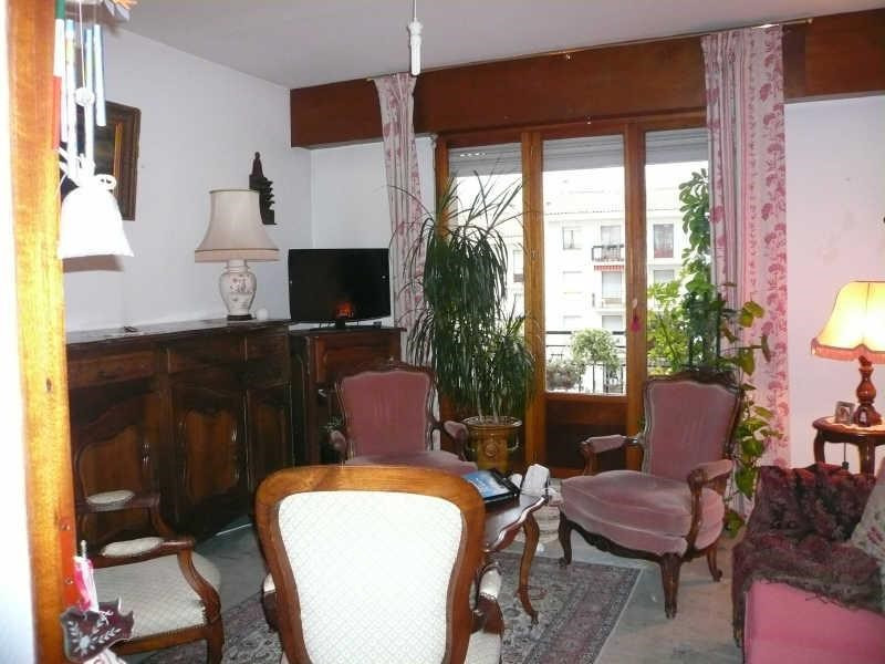 Location appartement Nimes 830€ CC - Photo 1