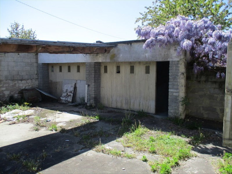 Sale house / villa Loulay 59400€ - Picture 5