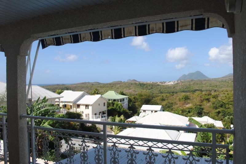 Sale house / villa Sainte luce 409500€ - Picture 2