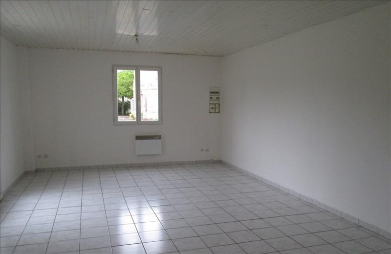 Location maison / villa Val de virvee 661€ CC - Photo 2
