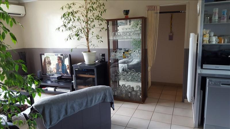 Rental apartment Manosque 650€ CC - Picture 1