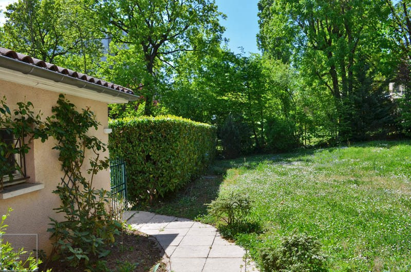 Sale house / villa Ecully 690000€ - Picture 3