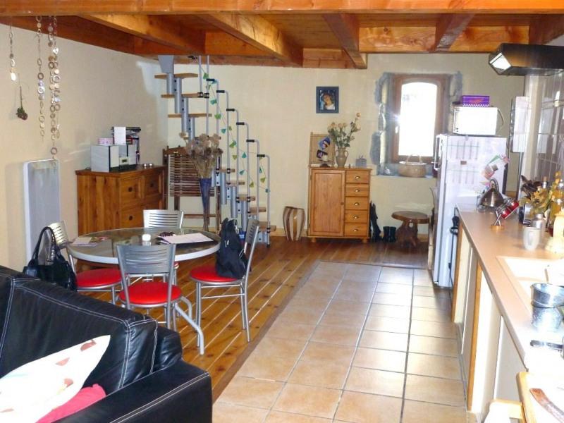 Location appartement Saint-germain 407€ CC - Photo 1