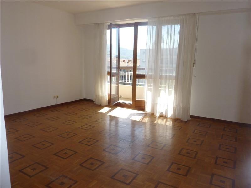Rental apartment Marseille 5ème 560€ CC - Picture 1