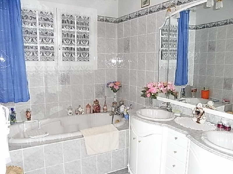 Sale house / villa Le gua 332000€ - Picture 10