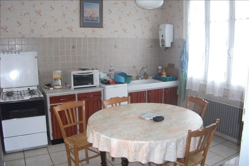 Sale house / villa Plouhinec 110250€ - Picture 3