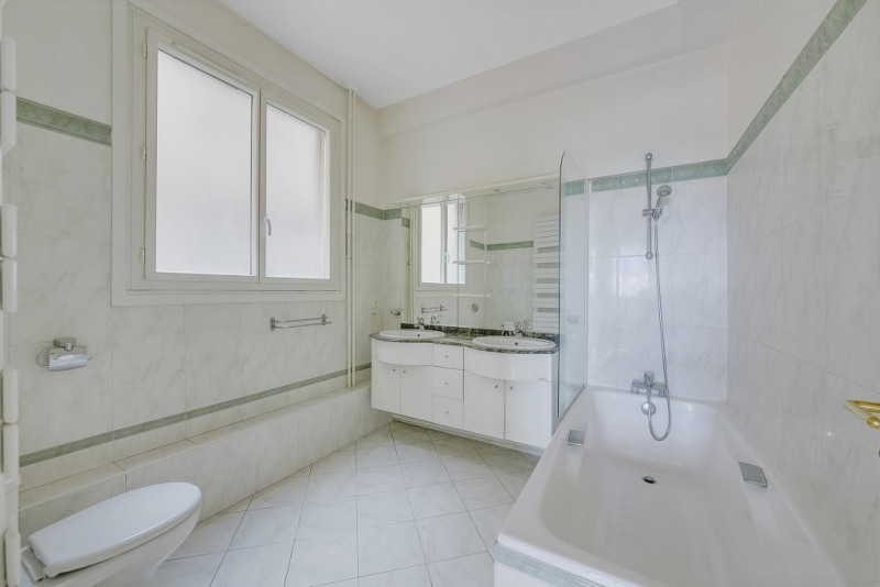 Location appartement Saint-cloud 3 766€ CC - Photo 9