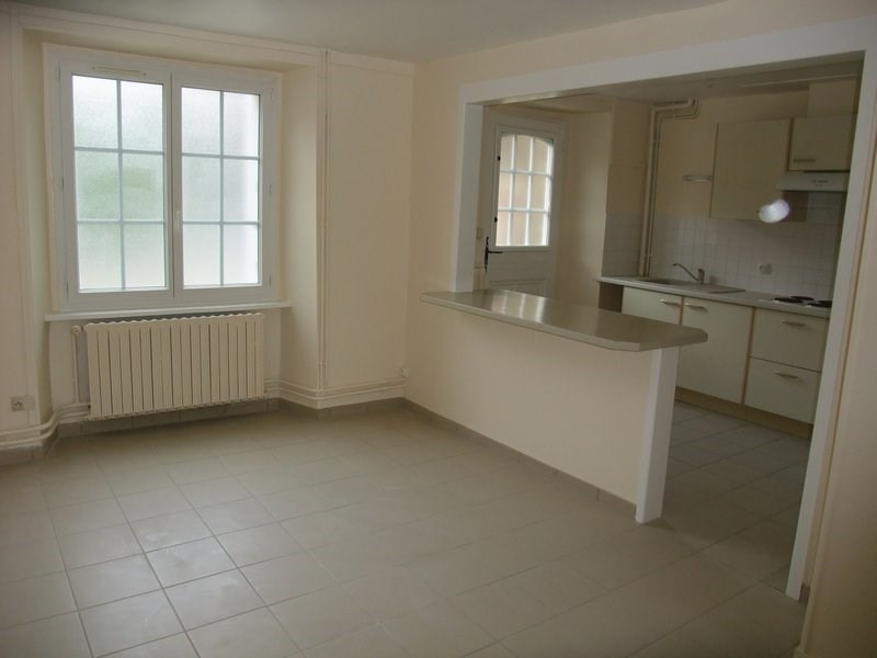 Location appartement Coutances 312€ CC - Photo 1