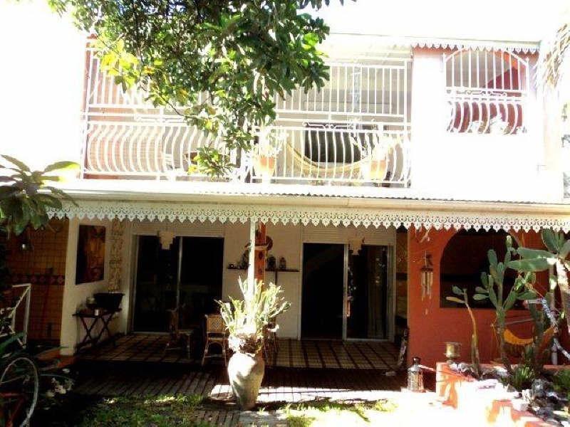 Sale house / villa Basse terre 260000€ - Picture 5