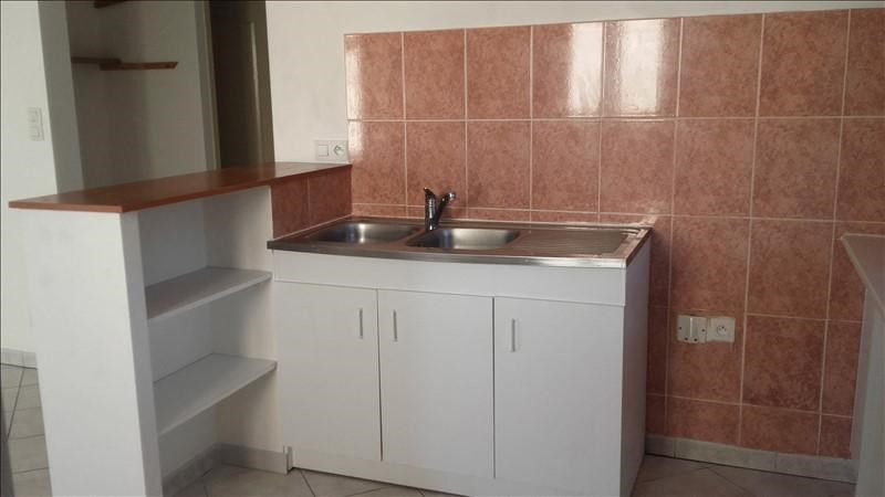 Location maison / villa Roussay 498€ CC - Photo 3