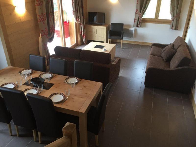 Vente de prestige appartement Les carroz d araches 379167€ - Photo 3