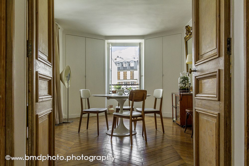 Vente de prestige appartement Paris 9ème 890000€ - Photo 2