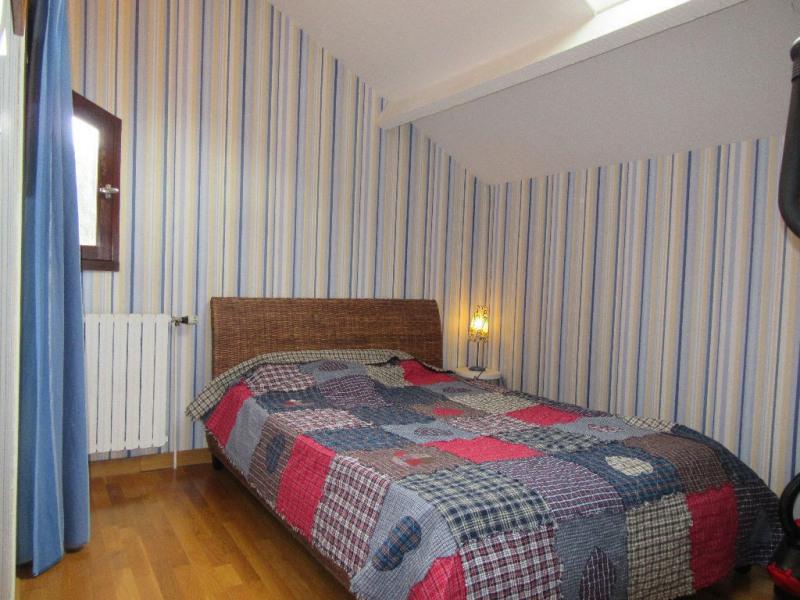 Vente maison / villa Champcevinel 339200€ - Photo 11