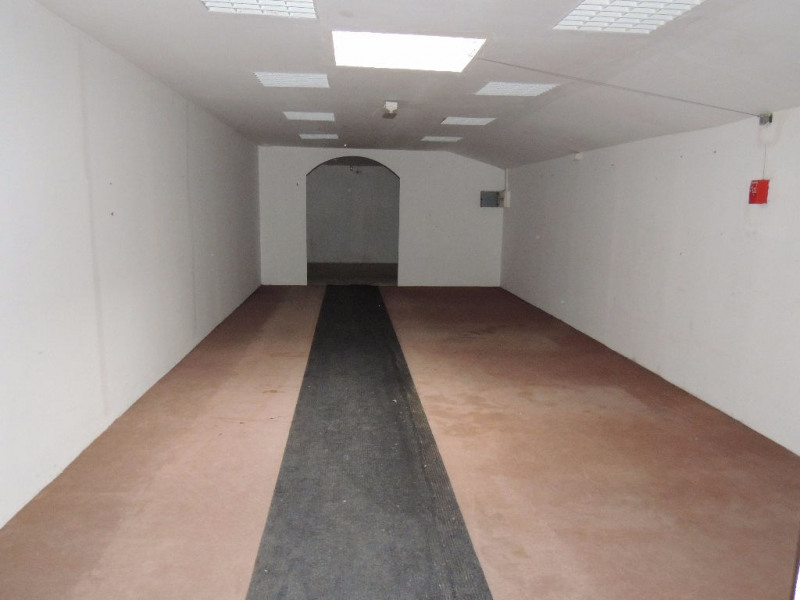 Vente local commercial Saint romain de benet 392 000€ - Photo 4