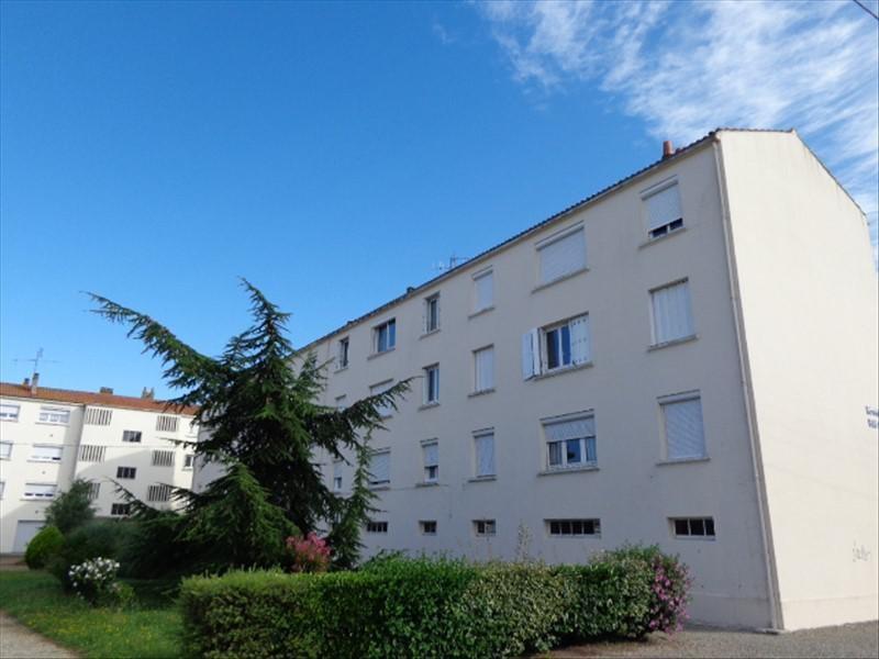 Location appartement Rochefort 550€ CC - Photo 1
