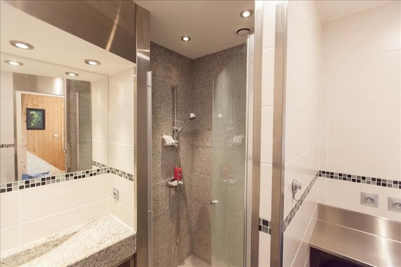 Investment property apartment Combloux 439000€ - Picture 2