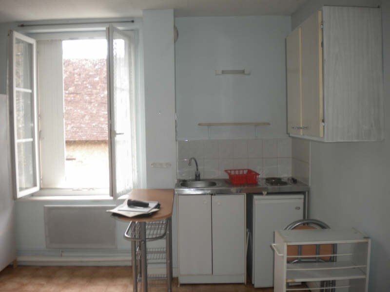 Rental apartment Vendome 250€ CC - Picture 1