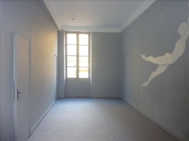 Rental empty room/storage Marseille 6ème 892€ HT/HC - Picture 1