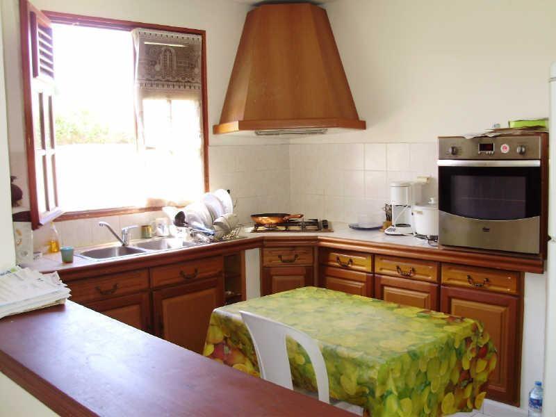 Rental house / villa Le gosier 810€ CC - Picture 5