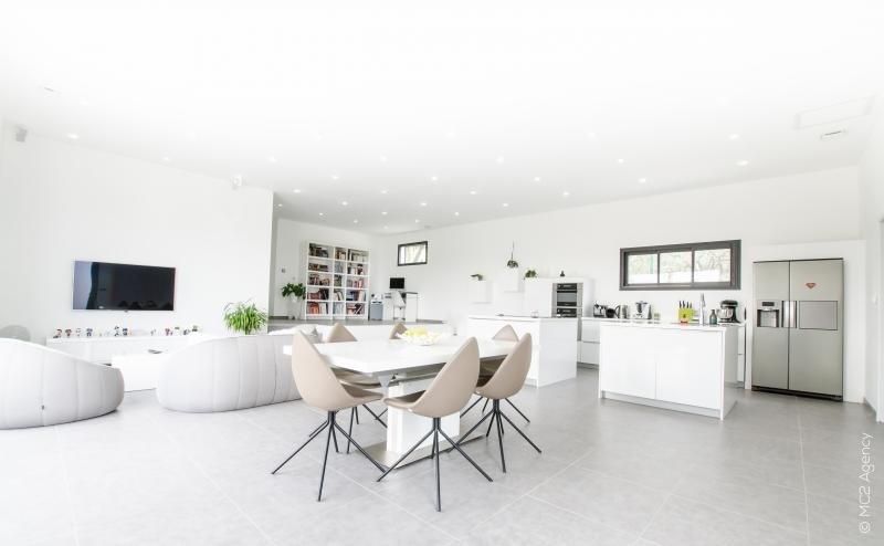 Vente de prestige maison / villa Pourrieres 574750€ - Photo 2