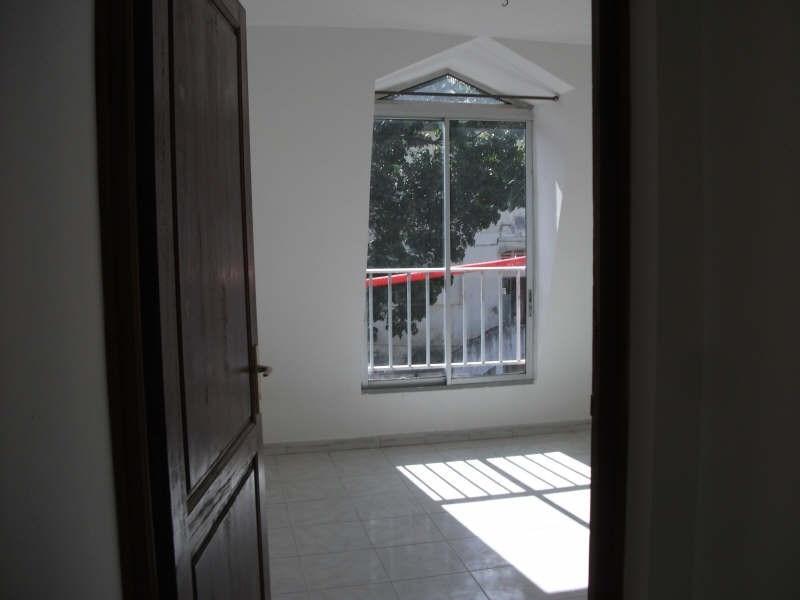 Producto de inversión  apartamento Basse terre 88000€ - Fotografía 2