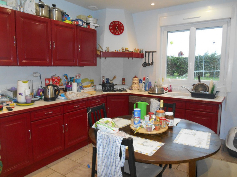 Vente maison / villa Crevecoeur le grand 157 000€ - Photo 4