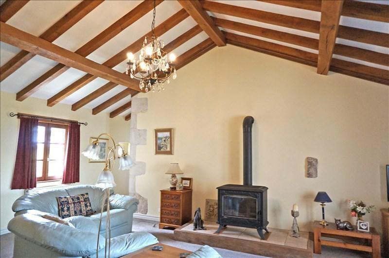Vente maison / villa Sauzé-vaussais 279000€ - Photo 7
