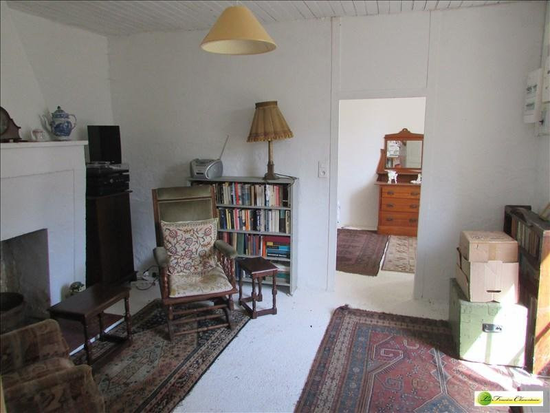Sale house / villa Aigre 55000€ - Picture 2