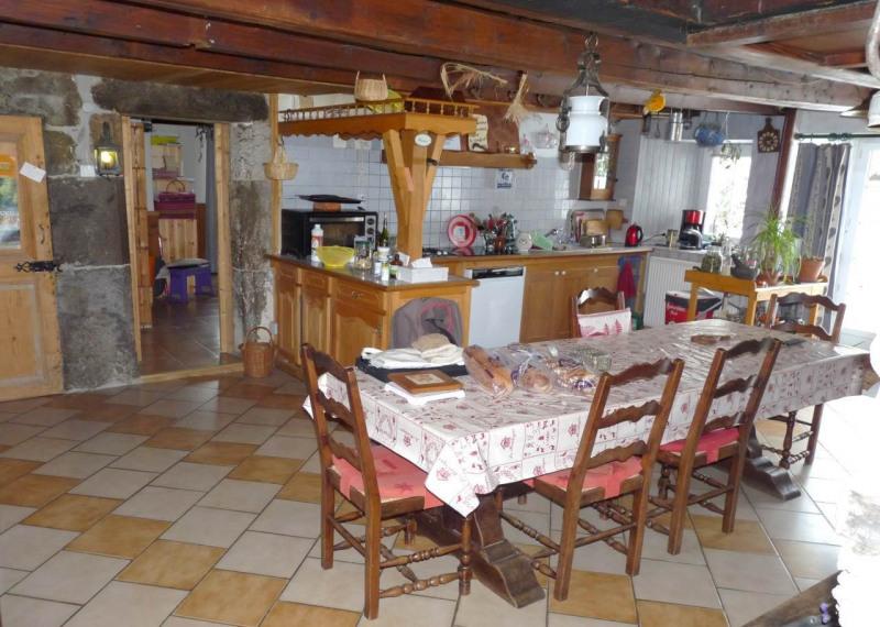 Deluxe sale house / villa La roche-sur-foron 599000€ - Picture 2