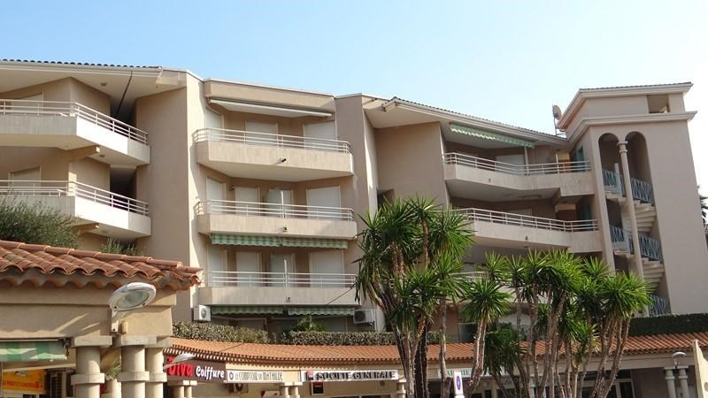 Vacation rental apartment Cavalaire sur mer 900€ - Picture 18