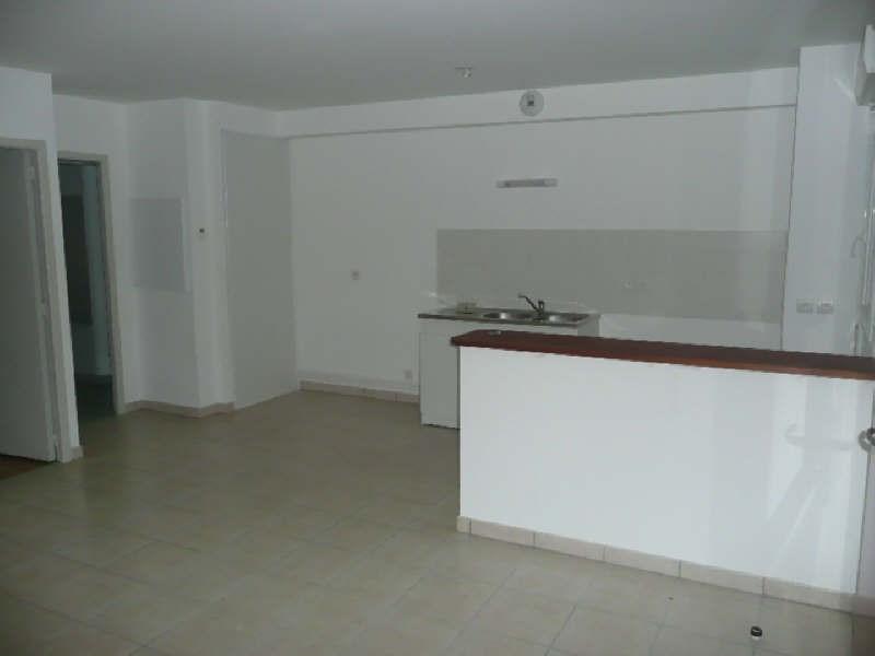 Location appartement Aubigny sur nere 447€ CC - Photo 1