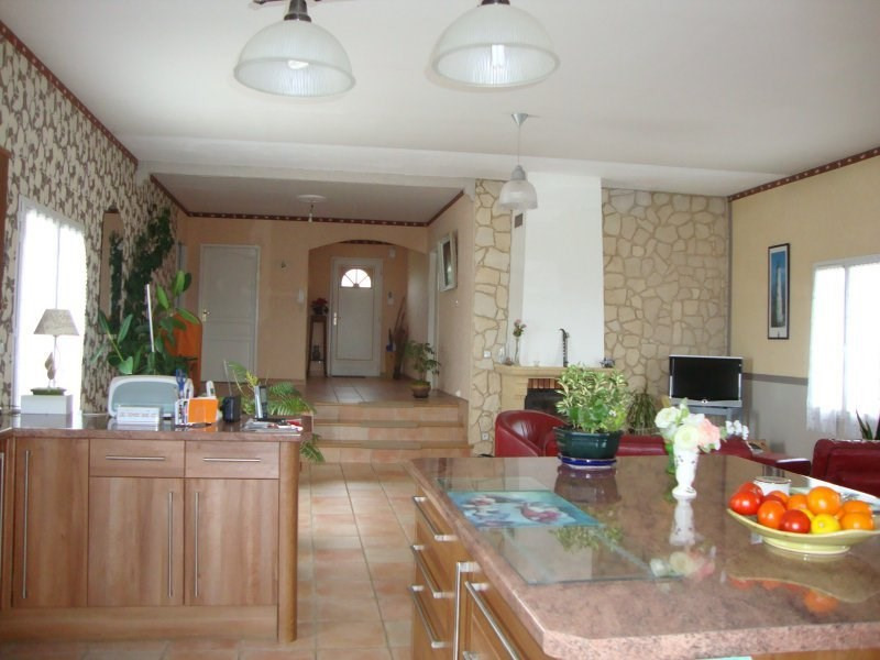 Sale house / villa St sorlin de conac 325000€ - Picture 4