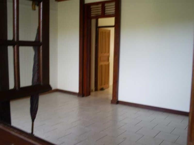 Rental apartment Ste rose 750€ CC - Picture 5