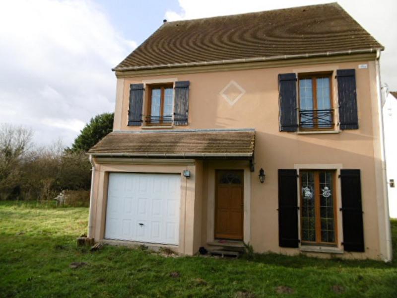 Sale house / villa Pezarches 250000€ - Picture 1