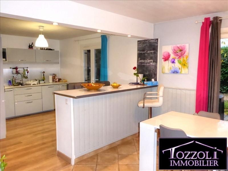 Sale house / villa La verpilliere 205000€ - Picture 3