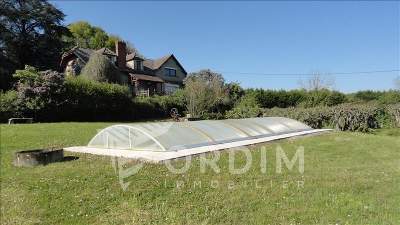 Deluxe sale house / villa Toucy 216000€ - Picture 1