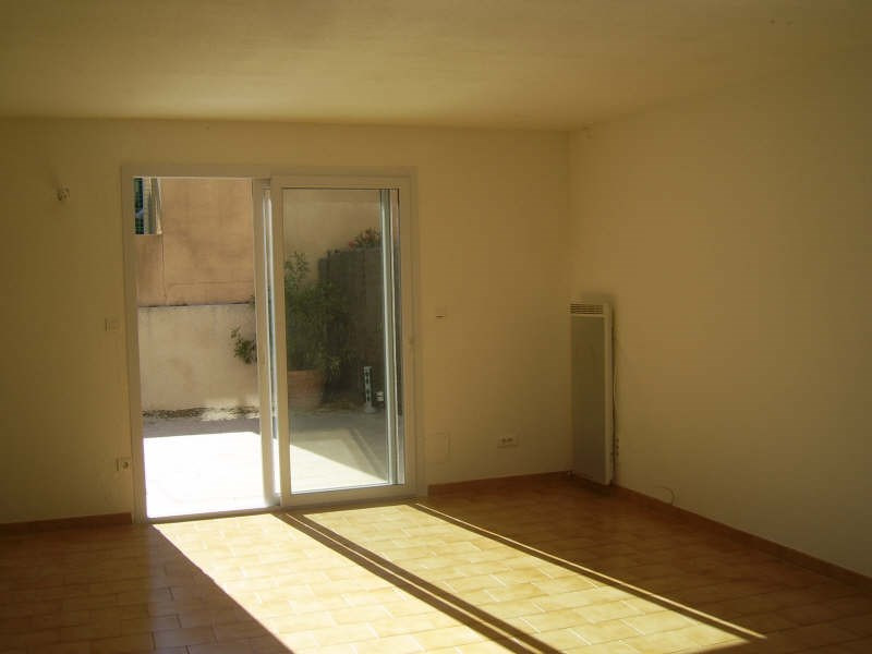 Location maison / villa Nimes 1 090€ CC - Photo 6