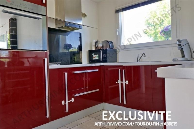 Sale house / villa Bourgoin jallieu 224000€ - Picture 5