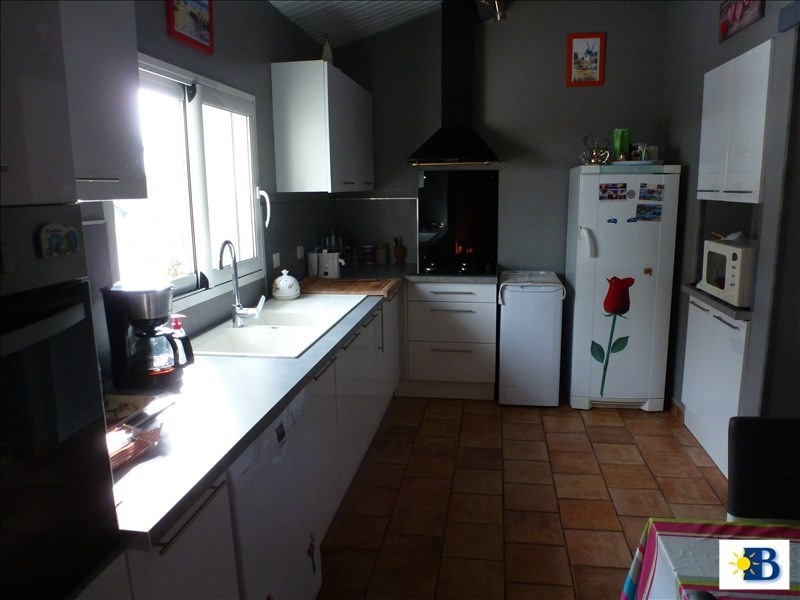 Vente maison / villa Naintre 212 000€ - Photo 4
