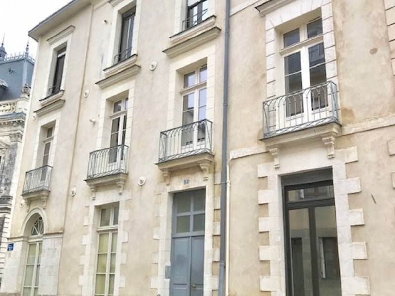 Sale building Vannes 772500€ - Picture 1