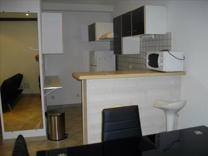 Rental apartment Vienne 464€ CC - Picture 2