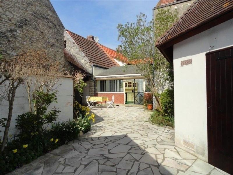 Sale house / villa Feucherolles 535000€ - Picture 2