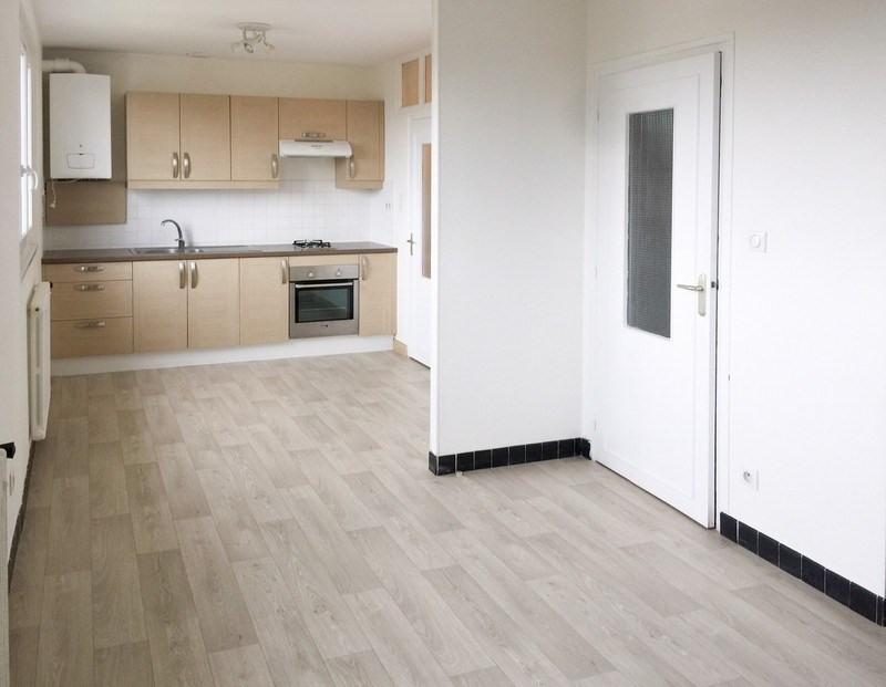Sale apartment Ouistreham 83500€ - Picture 1