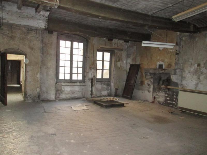 Sale building Tournus 101500€ - Picture 2
